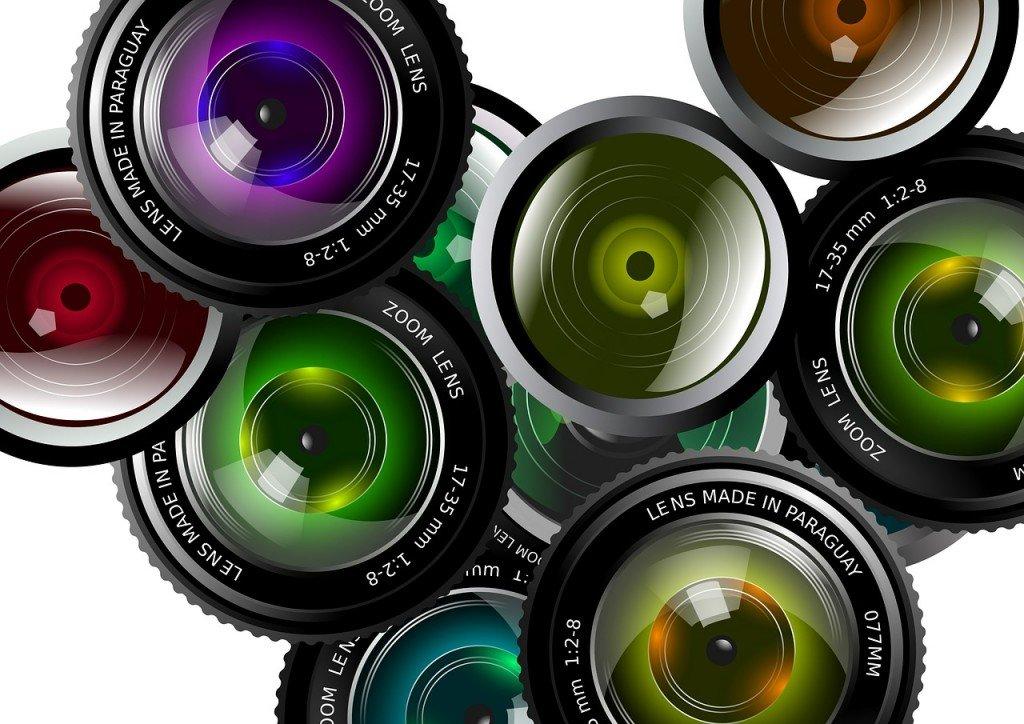 lens-430621_1280